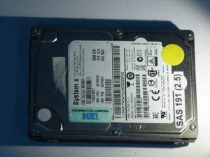 IBM-AL13SEB300-HDEBC03BAA51-SAS191(2.5)-Front