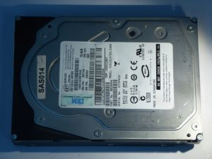 IBM-HUS151473VLS300-0B20995-SAS14-Front
