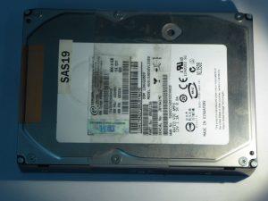 IBM-HUS153030VLS300-0B22156-SAS19-Front
