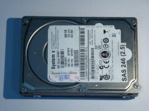 IBM-MBF2300RC-CA07173-B27100BB-SAS246(2.5)-Front
