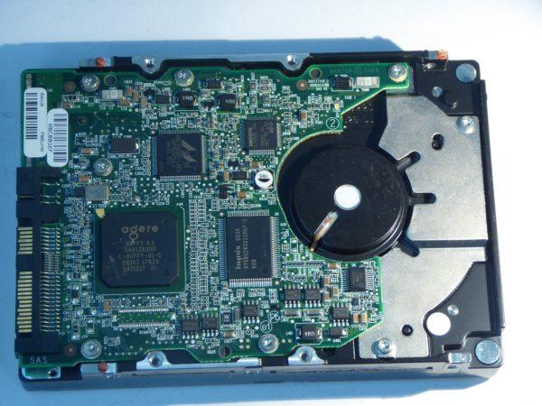 MAXTOR-ATLAS 10K V-8J300S0088856-SAS72-Back
