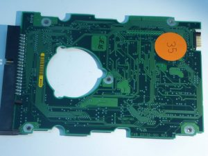Seagate-ST32140A-23732-301 REV A-9D0001-303-ID35-Front