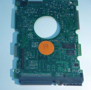 Seagate-ST32550W-JYHX-2 REV B-9B0003-001-ID19-Front
