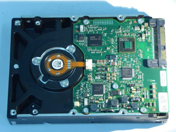 IBM-HUS151473VLS300-0B20995-SAS494-Back